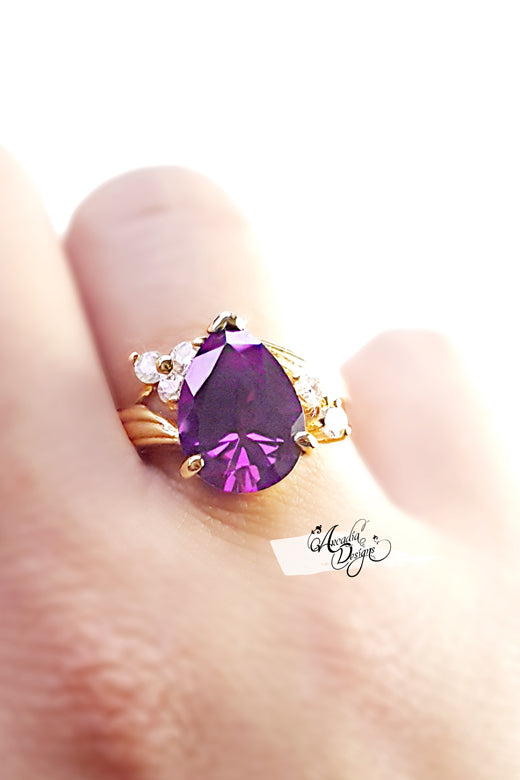 Teardrop Amethyst Gemstone Ring