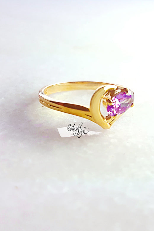 Arcadia Designs Gem in my heart Amethyst Gemstone Gold Ring February Birthstone Lavender Crystal Ring One of a kind Art Deco Oval Gem Jewelry Gift for Her Bridesmaid Ring