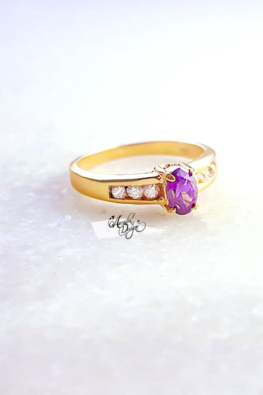 Arcadia Designs Amethyst Gemstone and Crystal Quartz Golden Ring. February Birthstone Purple Stone Jewelry Victorian Style Violet Oval Gem Ring
