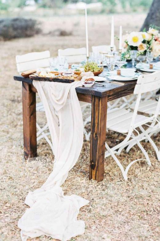 Arcadia Designs Ivory Flowy Chiffon Table Runner