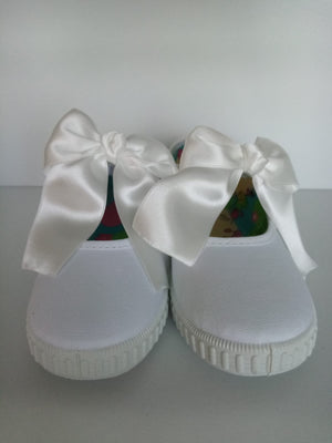 White Bow buckle shoe