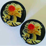Skeleton Woman Cameo Plugs