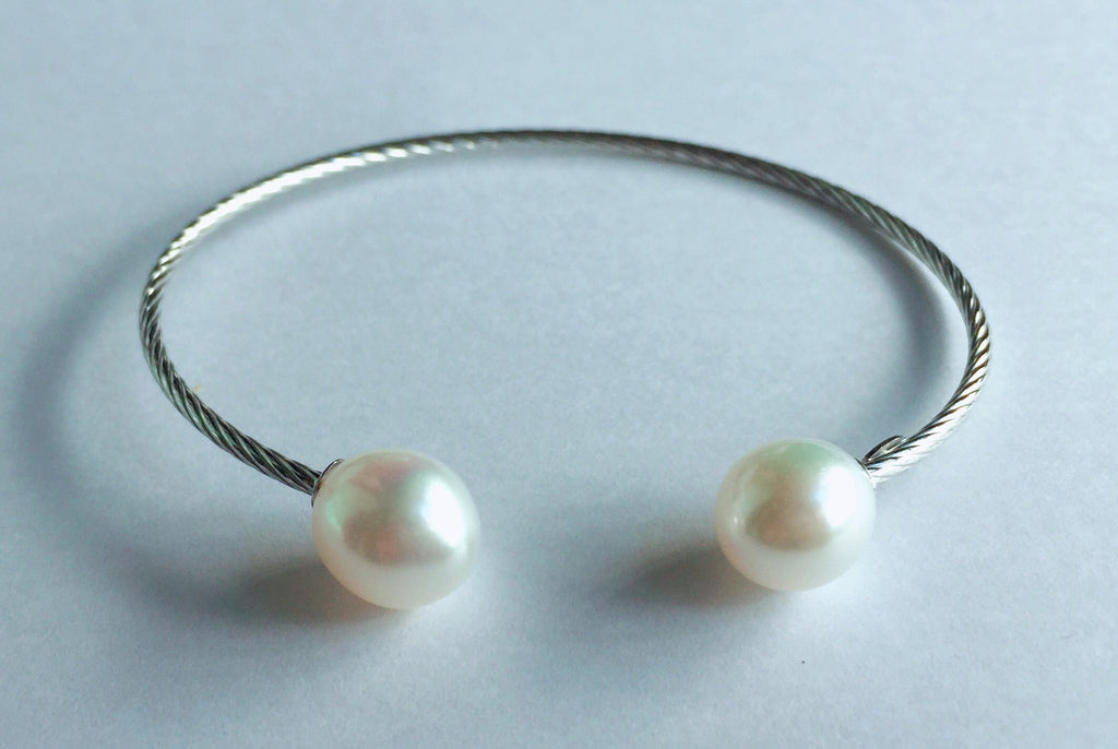 Pearls in 14K White Gold Bangle