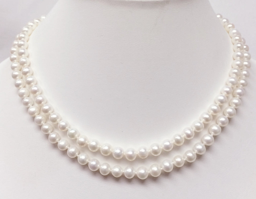 The Classic 2-in-1 Pearl Necklace