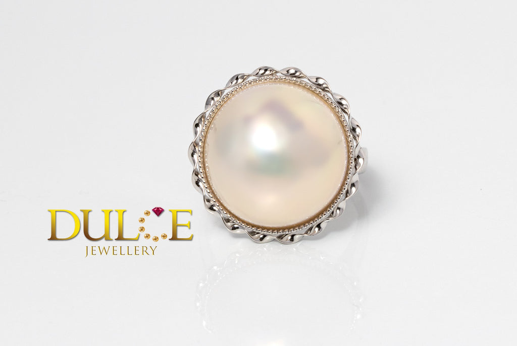 18K Gold Japan Mabe Pearl Ring