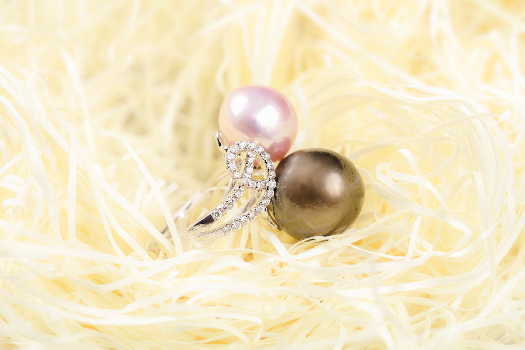 18K Gold Fresh Water Pearl & Tahitian Pearl Ring