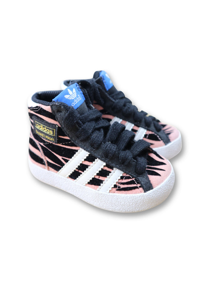 Adidas Sneakers size 4US - Use-Ta! Preloved Children's Wear Online