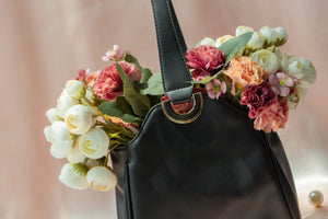 Always buying black bags? 5 top pick colours for your next handbag!