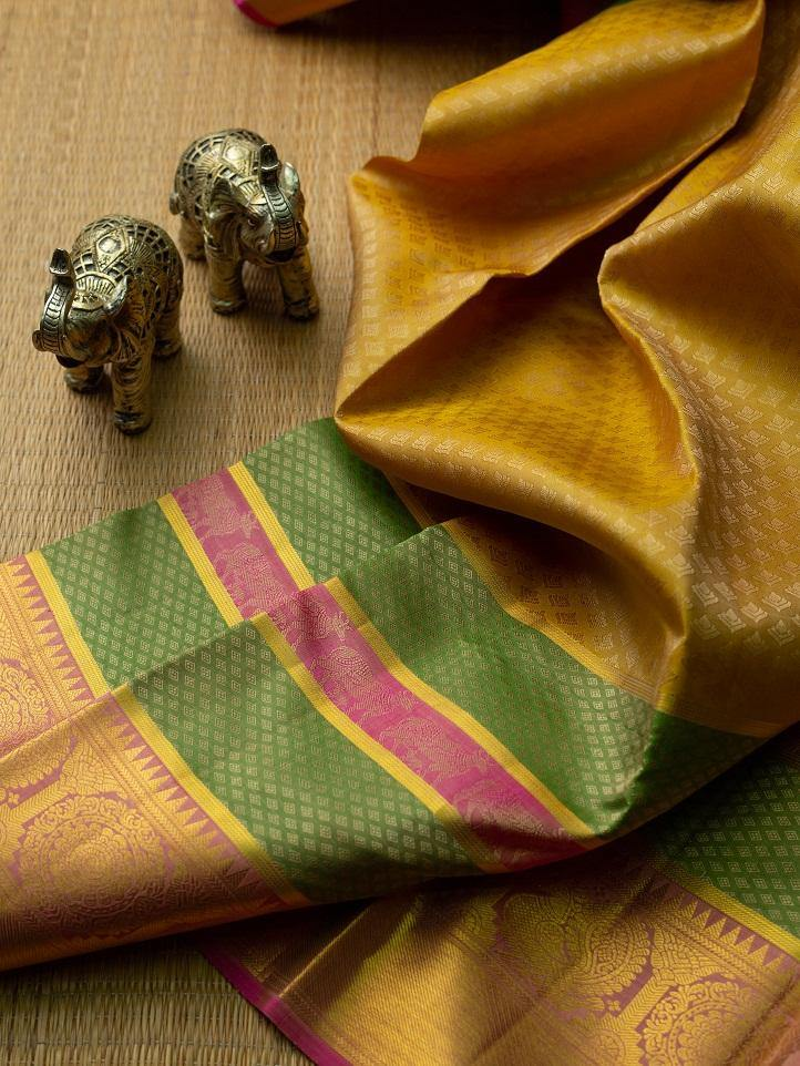 LUSCIOUS GOLD COLOR KANCHIPURAM SILK SAREE -  Varnam Sarees : Kanchipuram silk saree | Silk Cotton Sarees | Soft Silk Sarees.