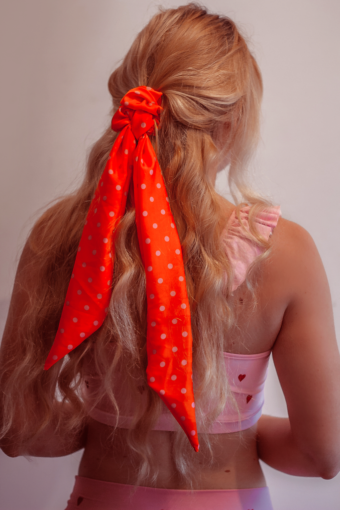 Hunny Bunny Retro Pony Scarf - Arthletic Wear