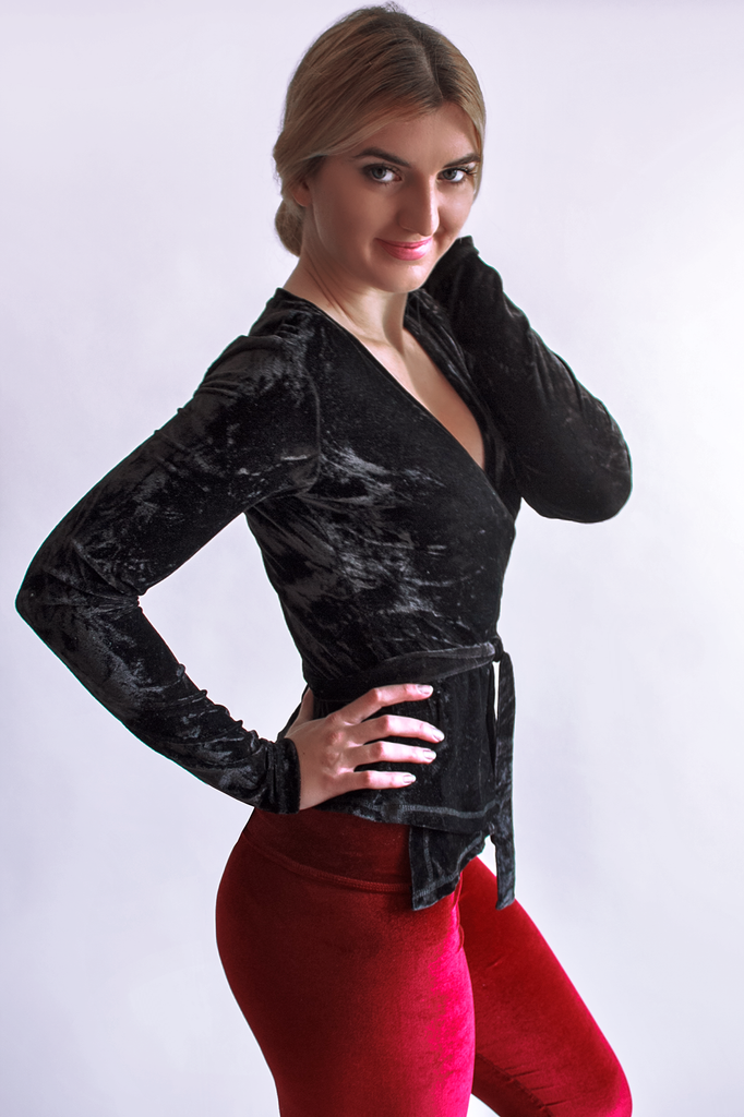 Long Sleeved Crushed Velvet Top Black