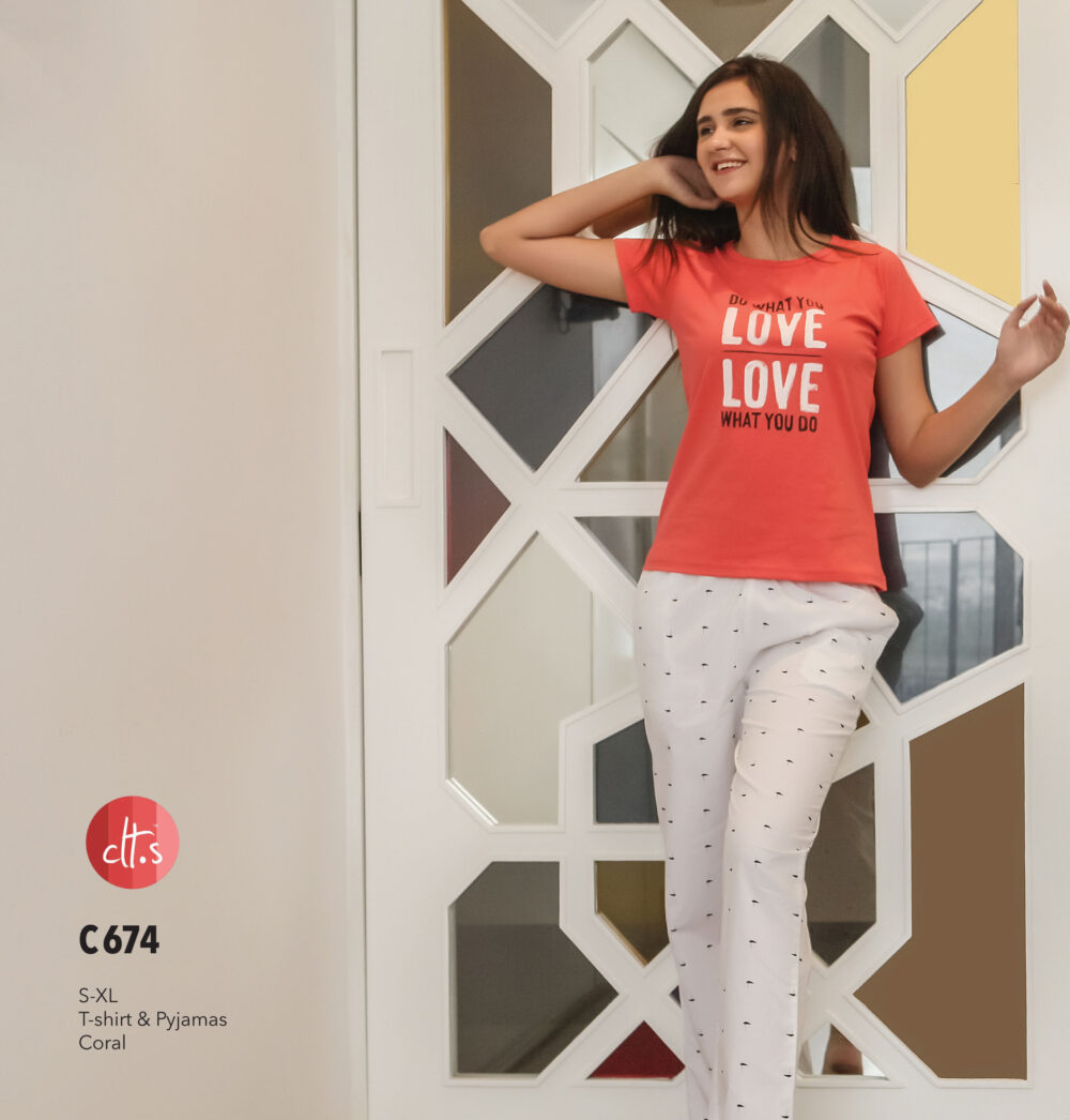 C674 Women T-shirt & Pyjama Set