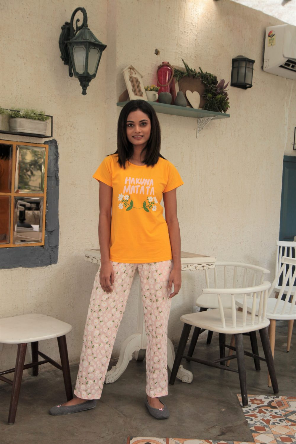 C1002 Women T-shirt & Pyjamas