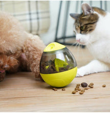 Load image into Gallery viewer, Dog Treat Ball Food Dispenser Slow Feeder