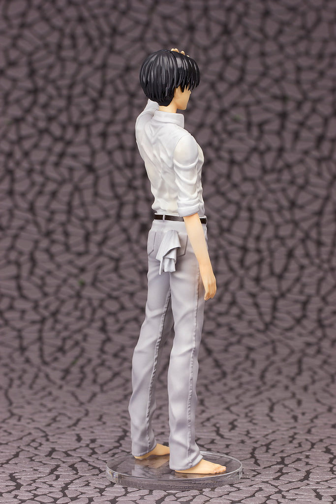 Levi - 1/8th Scale Figure - Attack on Titan (Pre-order)