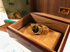 Rolex Day-Date, 18crt, Gold Black Onyx Dial  Ref 18238.