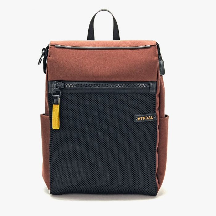 ATPCAL backpack: spacious brown fabric backpack with a large black external front pocket and side pockets, colored details of the zip and logo printed on leather