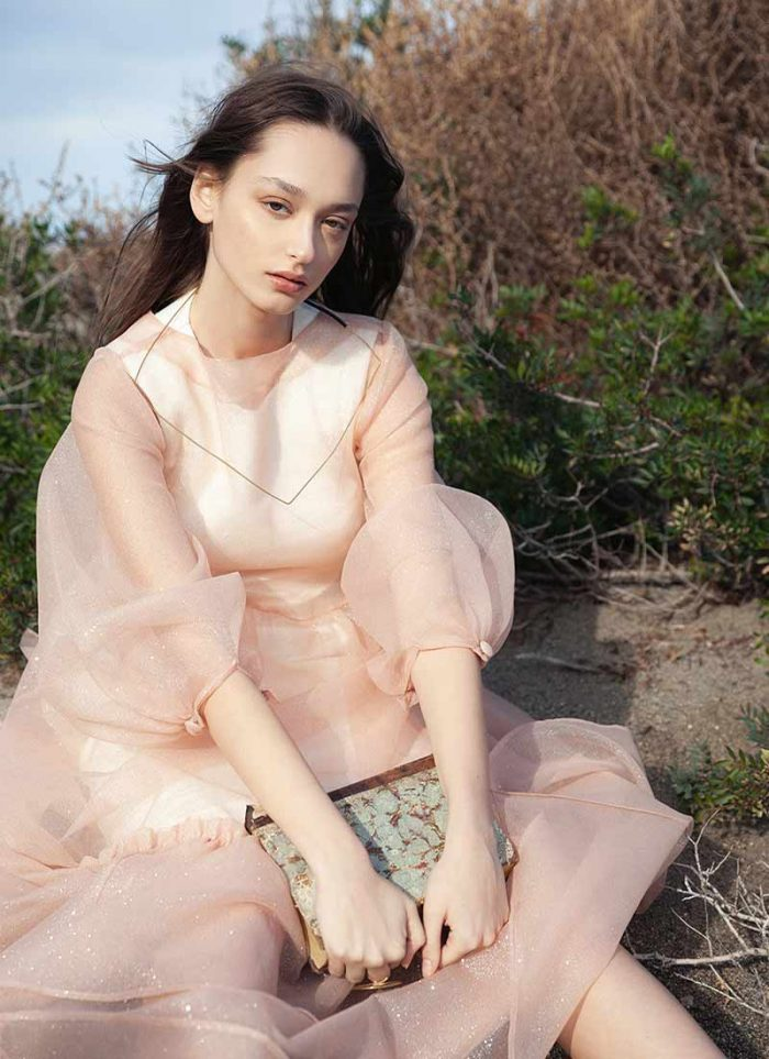 Look by Cettina Bucca: dress in powder pink tulle with long puff sleeves