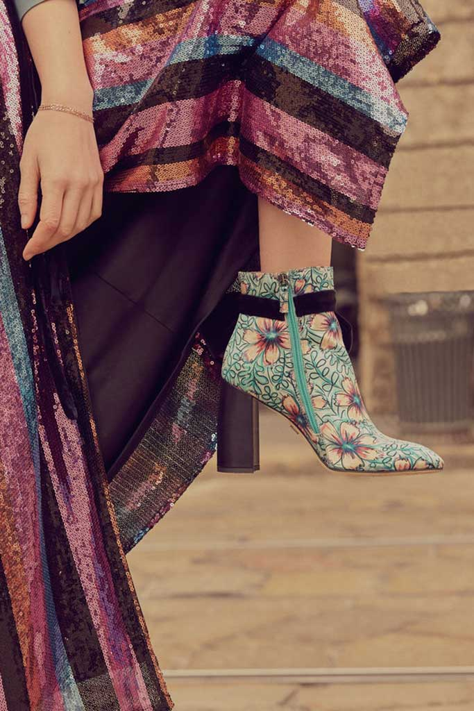 Ankle boots with floral print Susana Madrid