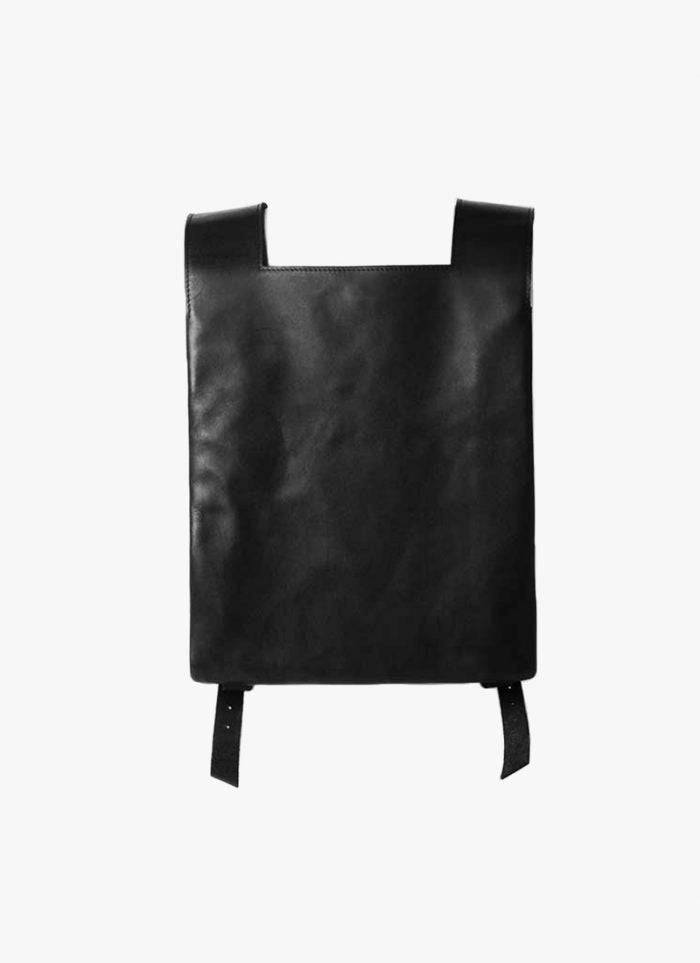 MOST WANTED BACKPACK: Maison Dressage backpack with front strap