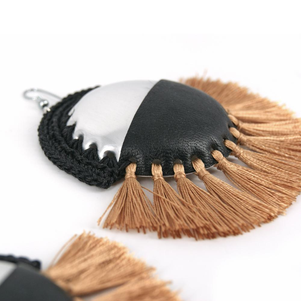 Orizzonte Earrings - Peekaboo!.¬ÝCan bottoms earrings with black leather application, black crochet and shiny gold tassels.
