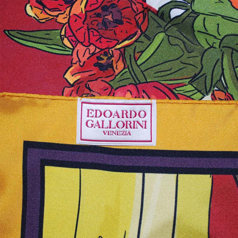 Edoardo Gallorini Interior Foulard red detail