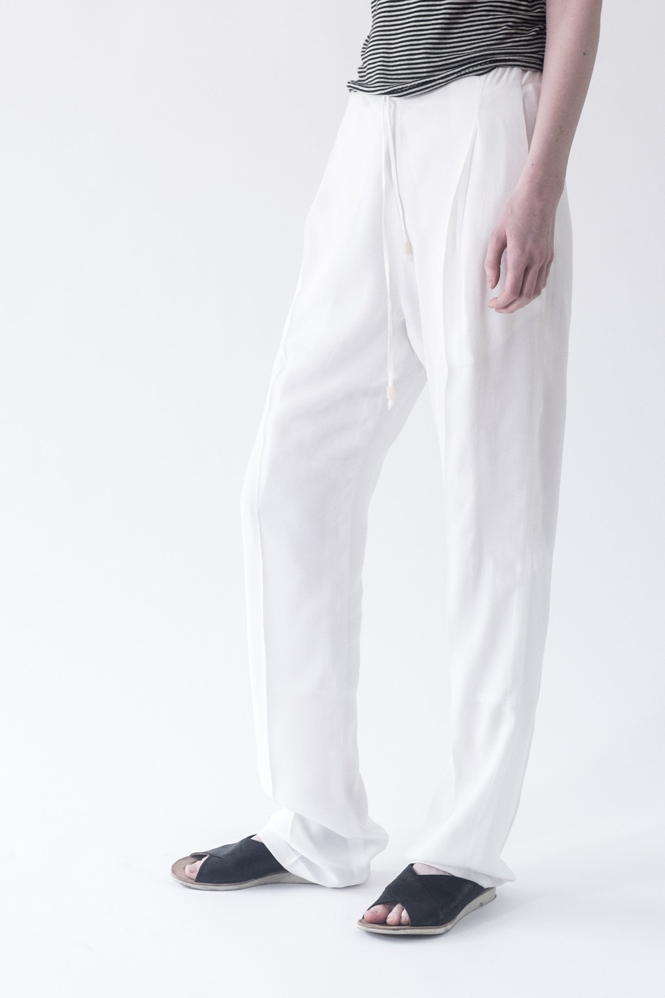 Chill Pant White