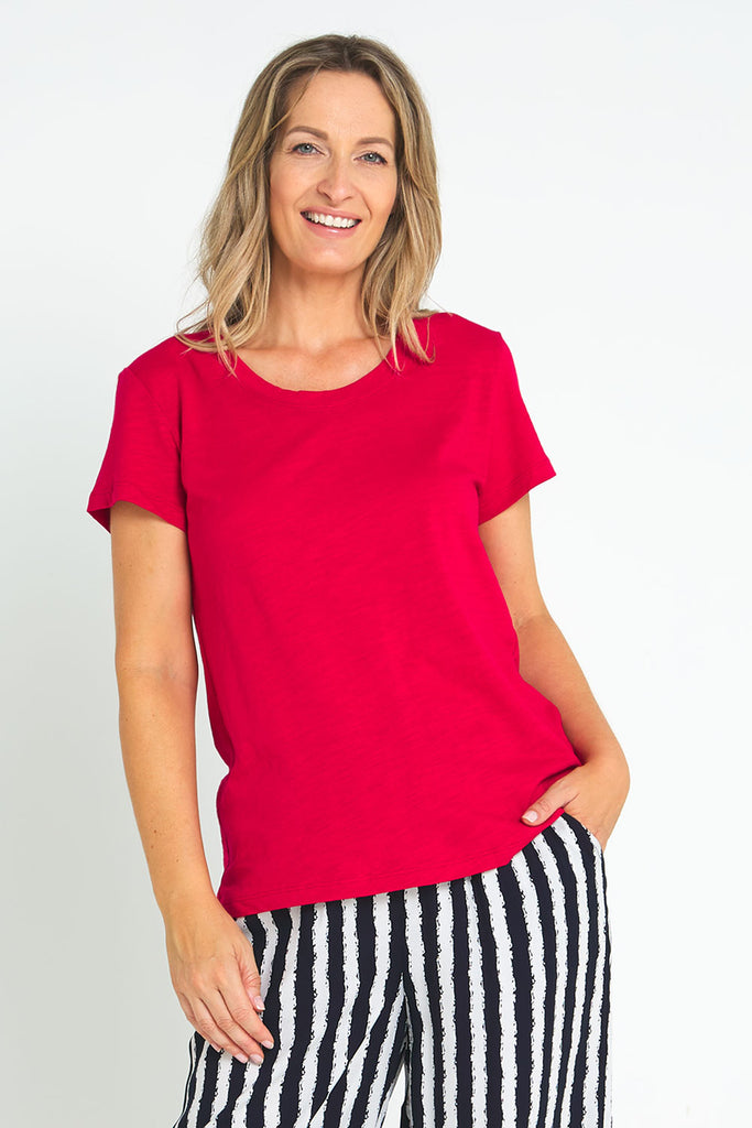 Luna Basic Tee - Red