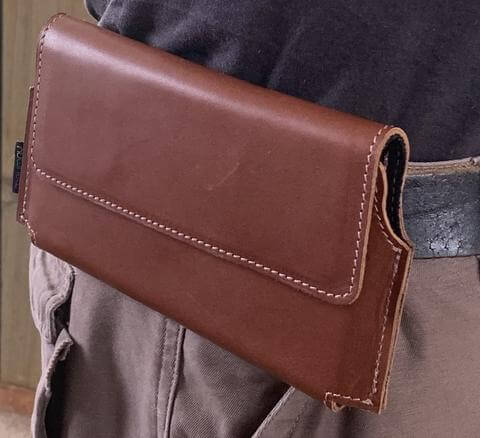Carry Your IT Sideways; Nutshell's Horizontal Holsters.