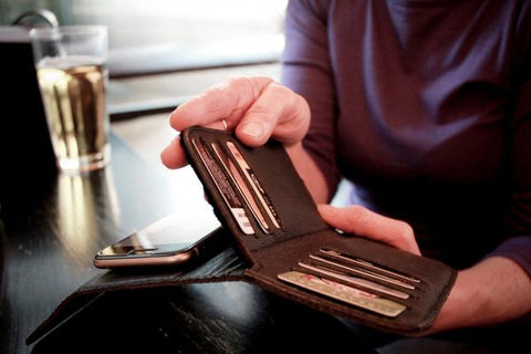 Nutshell shielded wallet with anti-static liner