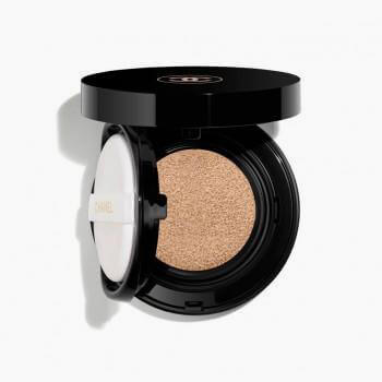 Chanel Vitalumiere Glow Luminous Touch Foundation - Hydration and Comfort SPF 15