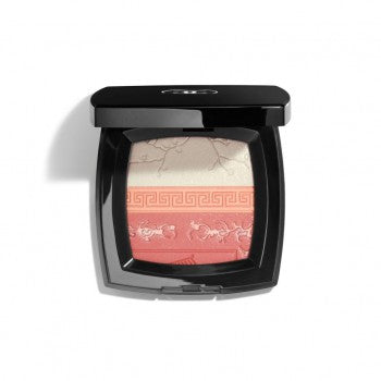 Chanel Lightening Beauty Premieres Fleurs de Chanel - Healthy Light Illuminator