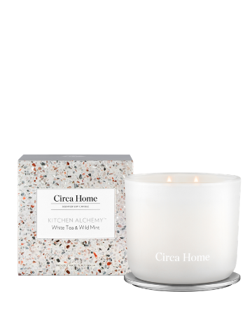 Circa Home Kitchen Alchemy White Tea & Wild Mint Classic Soy Candle