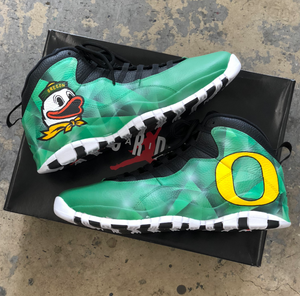 Oregon Ducks Jordan 10