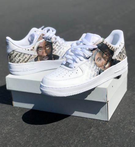 Tupac Vs. The Notorious B.I.G.- The Rivalry Takes Over Nike! – B