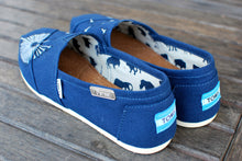 Dandelion Navy Canvas TOMS - B Street Shoes