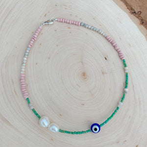Freshwater eye necklace