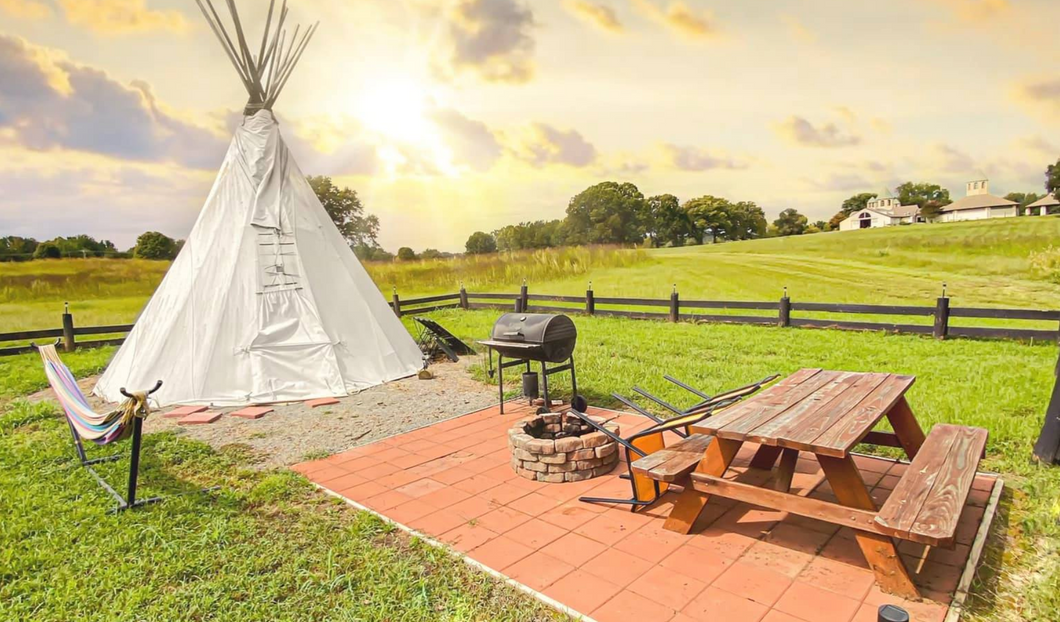 Lodging: Glamping Teepee