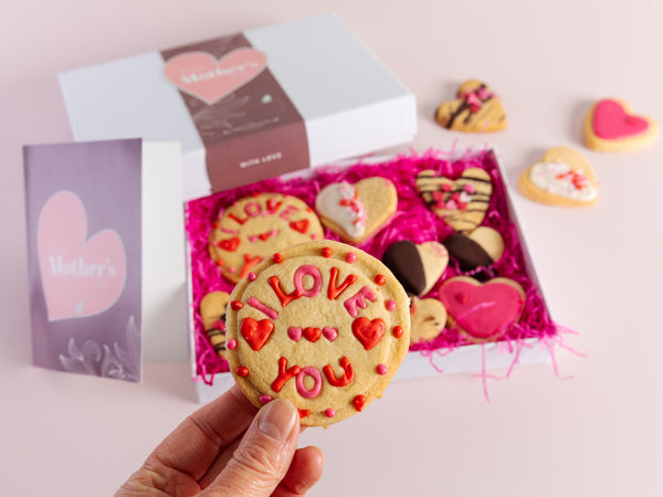 Mother's Day Indulgent Biscuit Box
