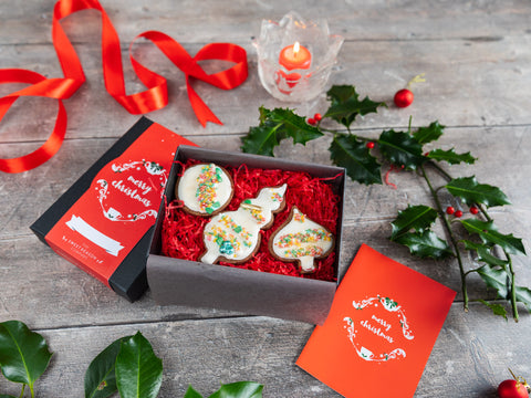 Our irrestistable festive hand made biscuits are presented in a beautiful luxury gift box....