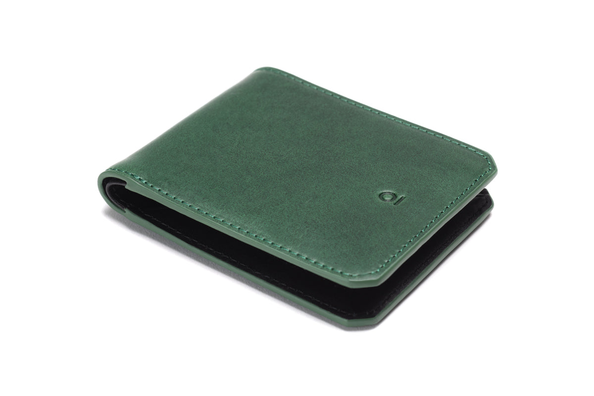Stuart & Lau _ Wallet _ Closed _ Green