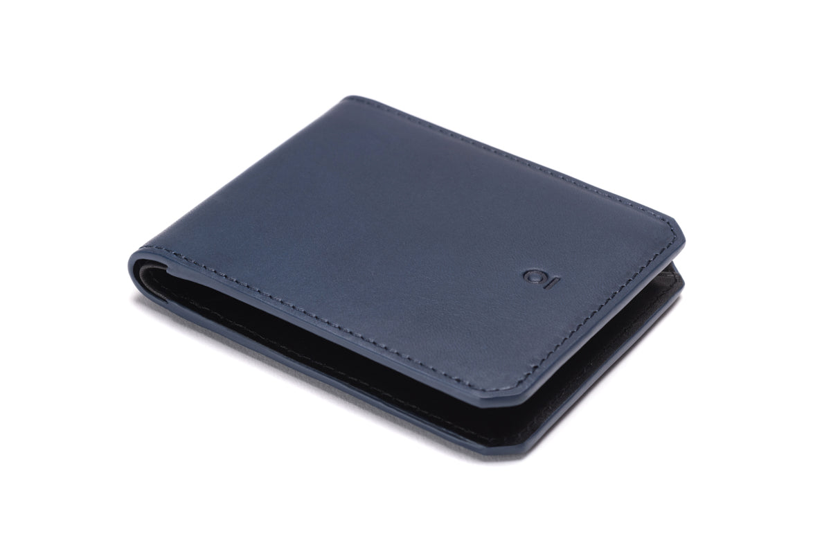 Stuart & Lau _ Wallet _ Closed _ Navy