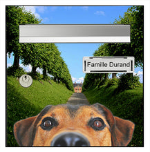 Upload the image to the gallery, Le chien du chateau