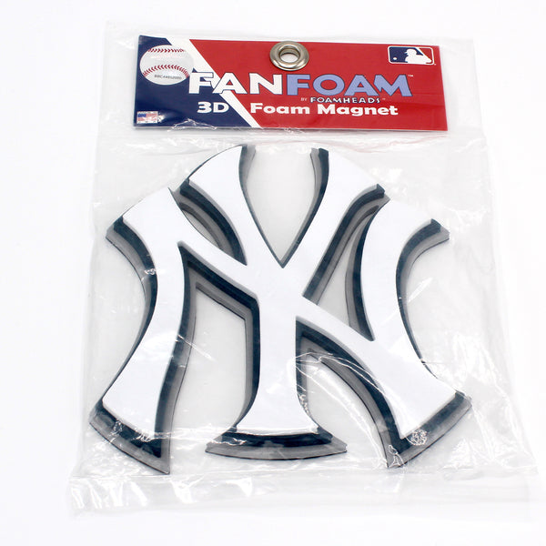 Yankees fan foam magnet