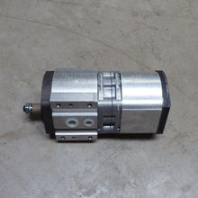 Load image into Gallery viewer, Hydraulic pump 5455-6470 Etc (Genuine)