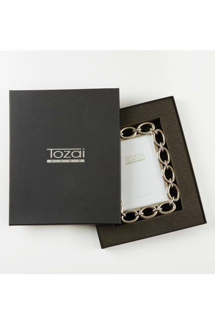 Chain 4 x 6 Picture Frame By Tozai Home