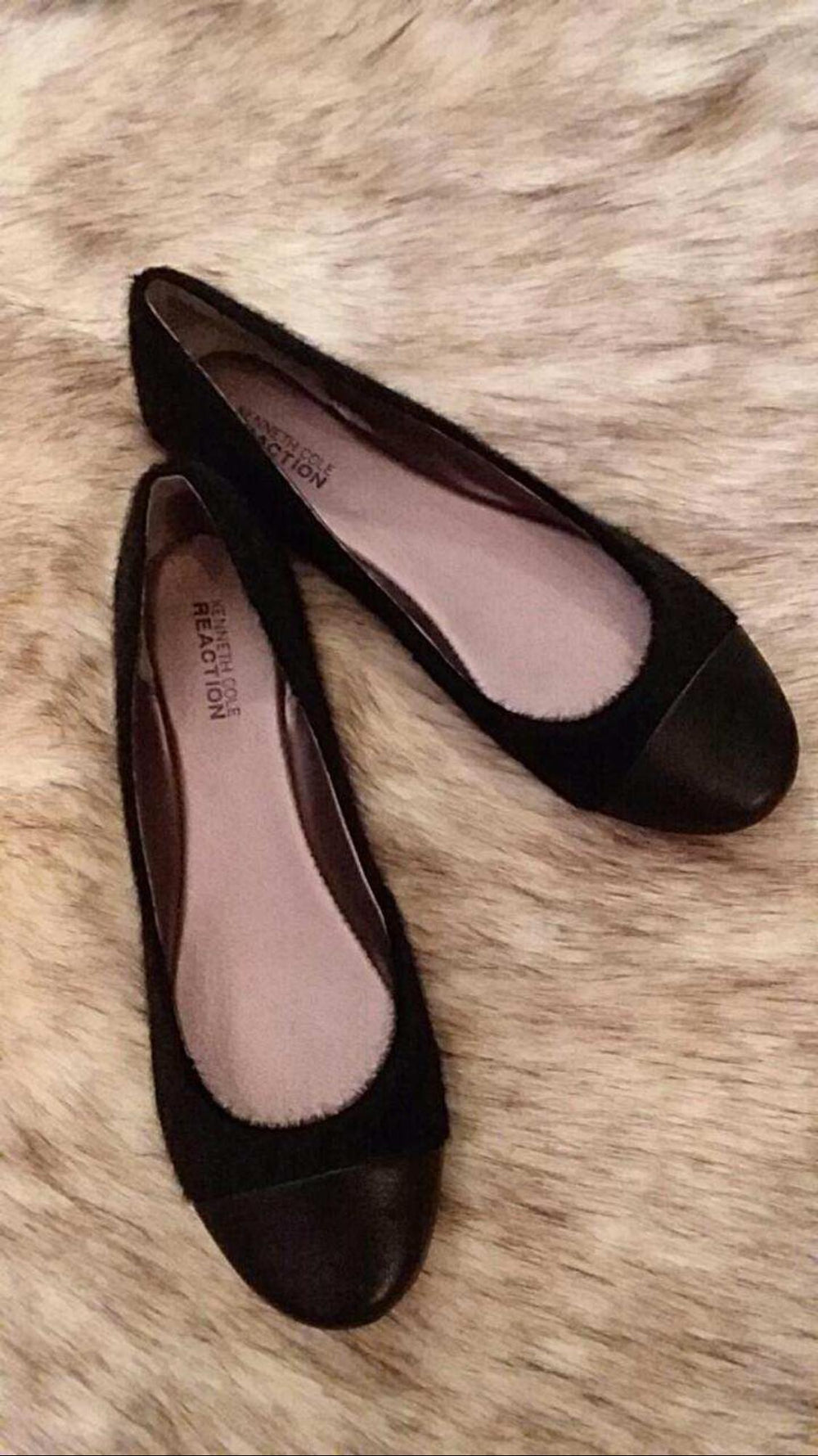Kenneth Cole Flat