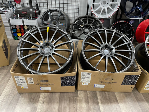 AVS MODEL F15 PLATINUM BLACK  21x9 21x10 5x120
