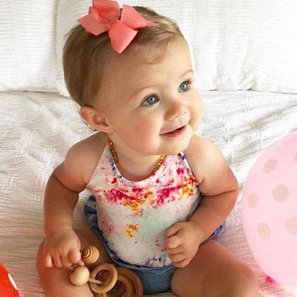 Cara baby bow hair clip in beautiful toddlers hair