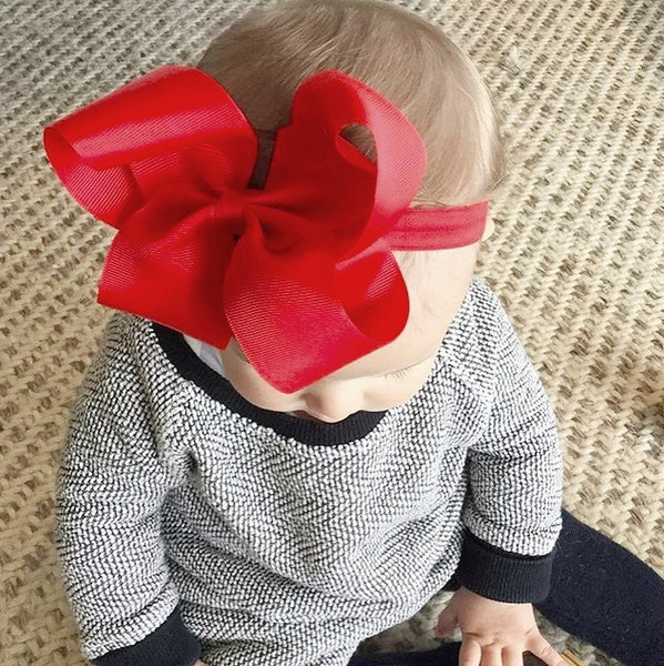 Miss Everly looks simply stunning in our Willow big bow baby headband